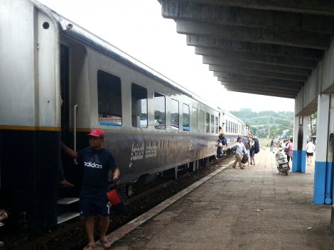 Train arriving at Sihanoukville Station