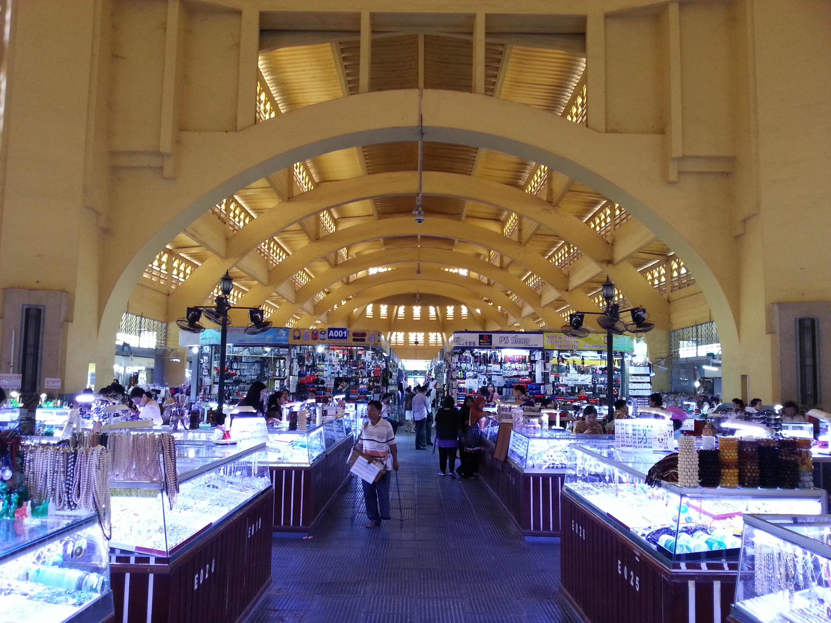 The roof in Central Market is supported by curved beams