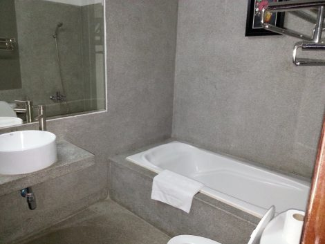 Bathroom in the Superior Room