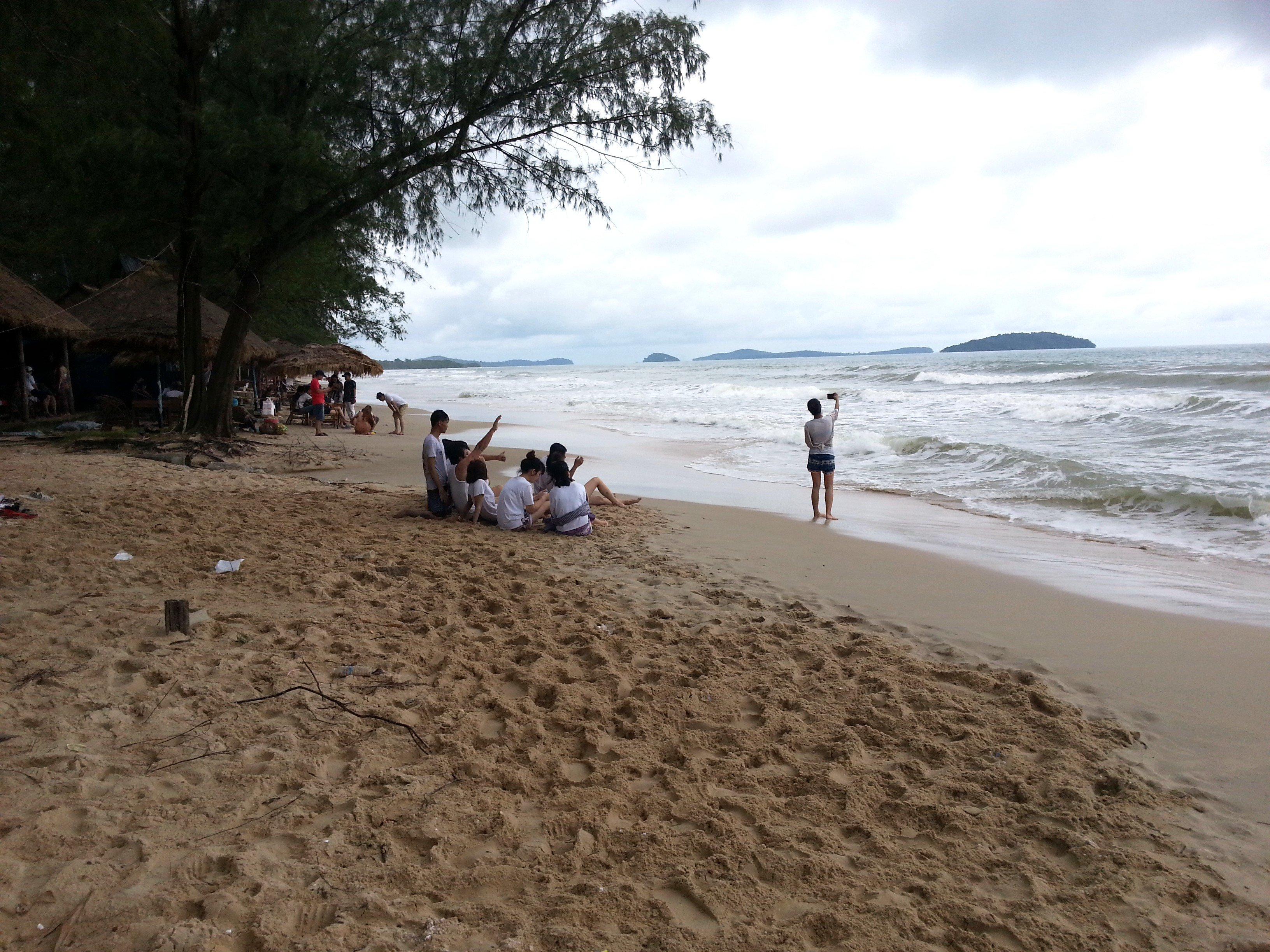 Cambodian holiday makers on Otres Beach
