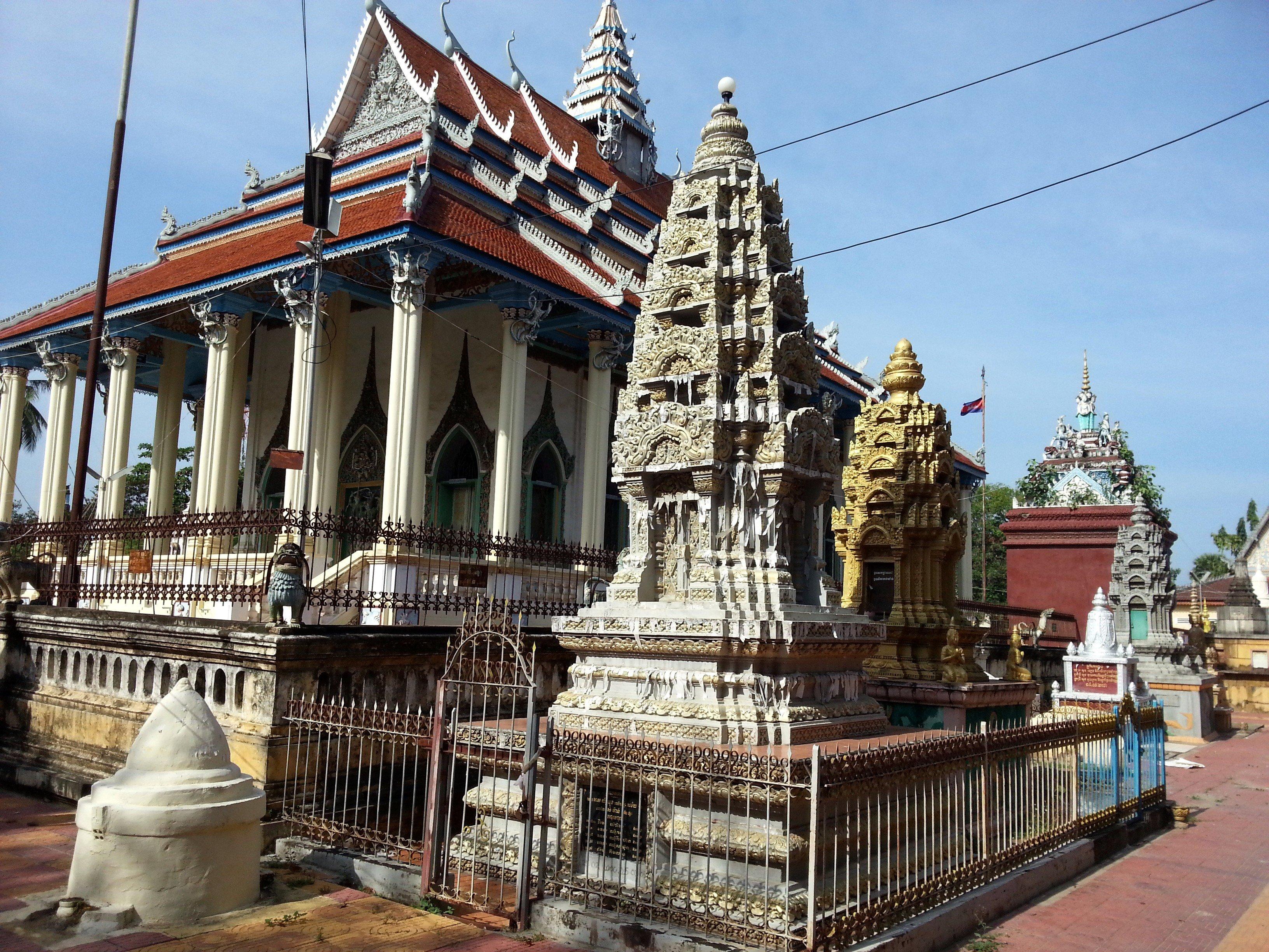 Gravestones at Damrey Sor Pagoda
