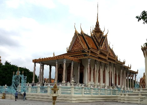Side view of the Silver Pagoda